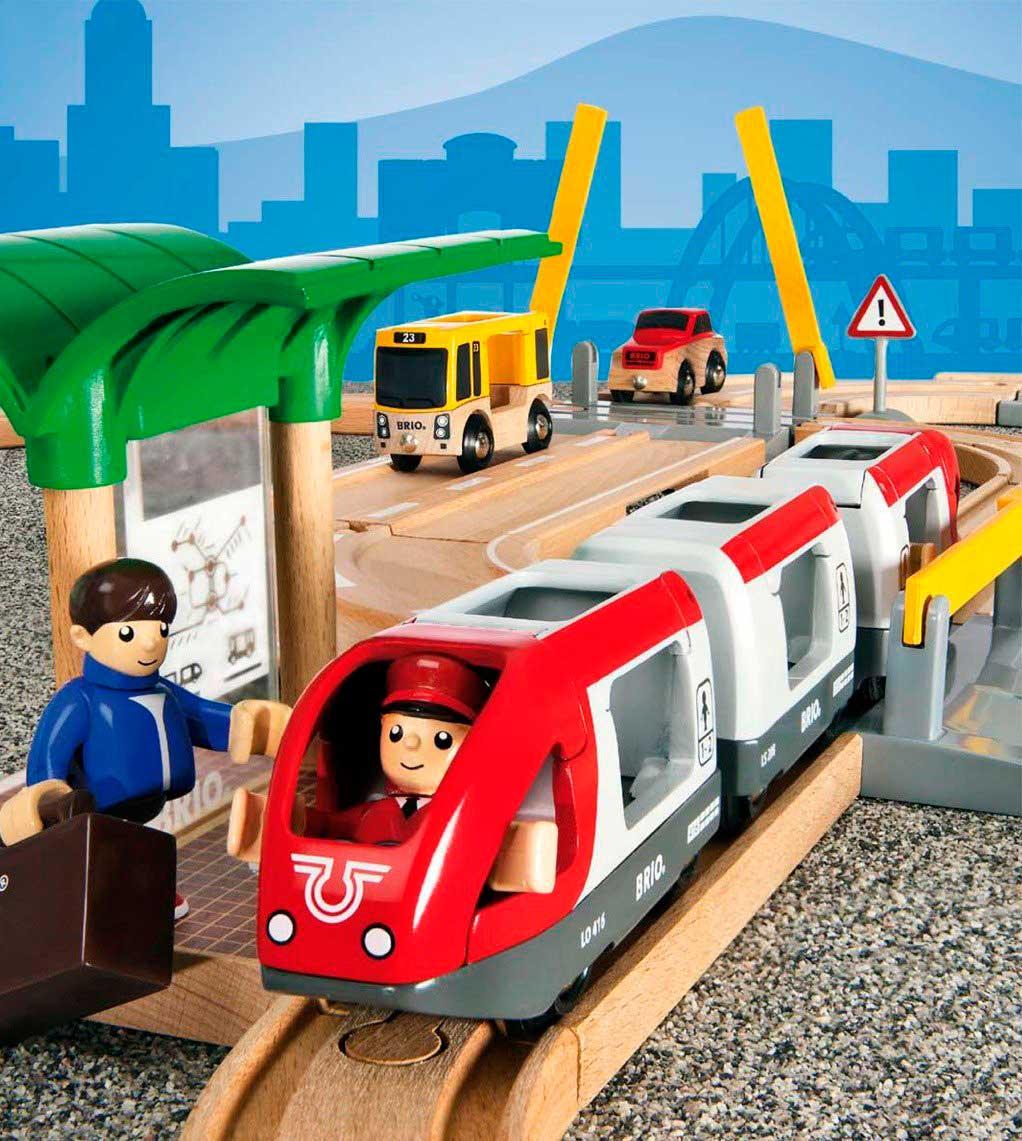 Juego de Construcción Brio Circuito de Tren y Carretera