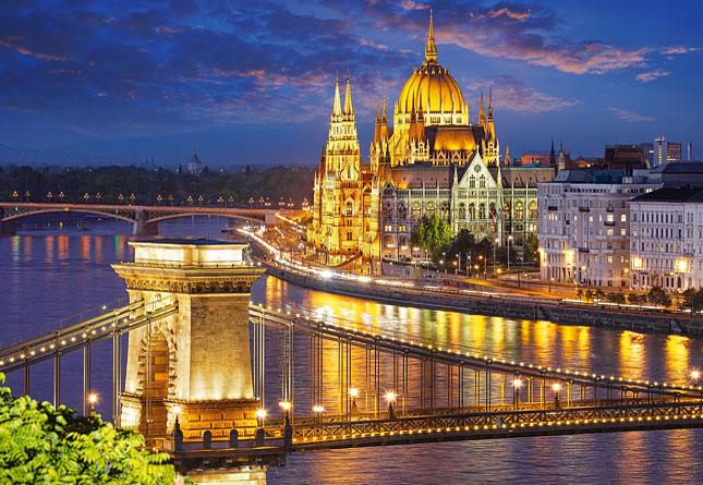 Puzzle Castorland Vista de Budapest al Atardecer de 2000 Piezas