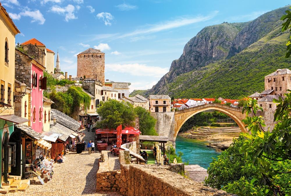 Puzzle Castorland Zona Antigua de Mostar de 1500 Piezas