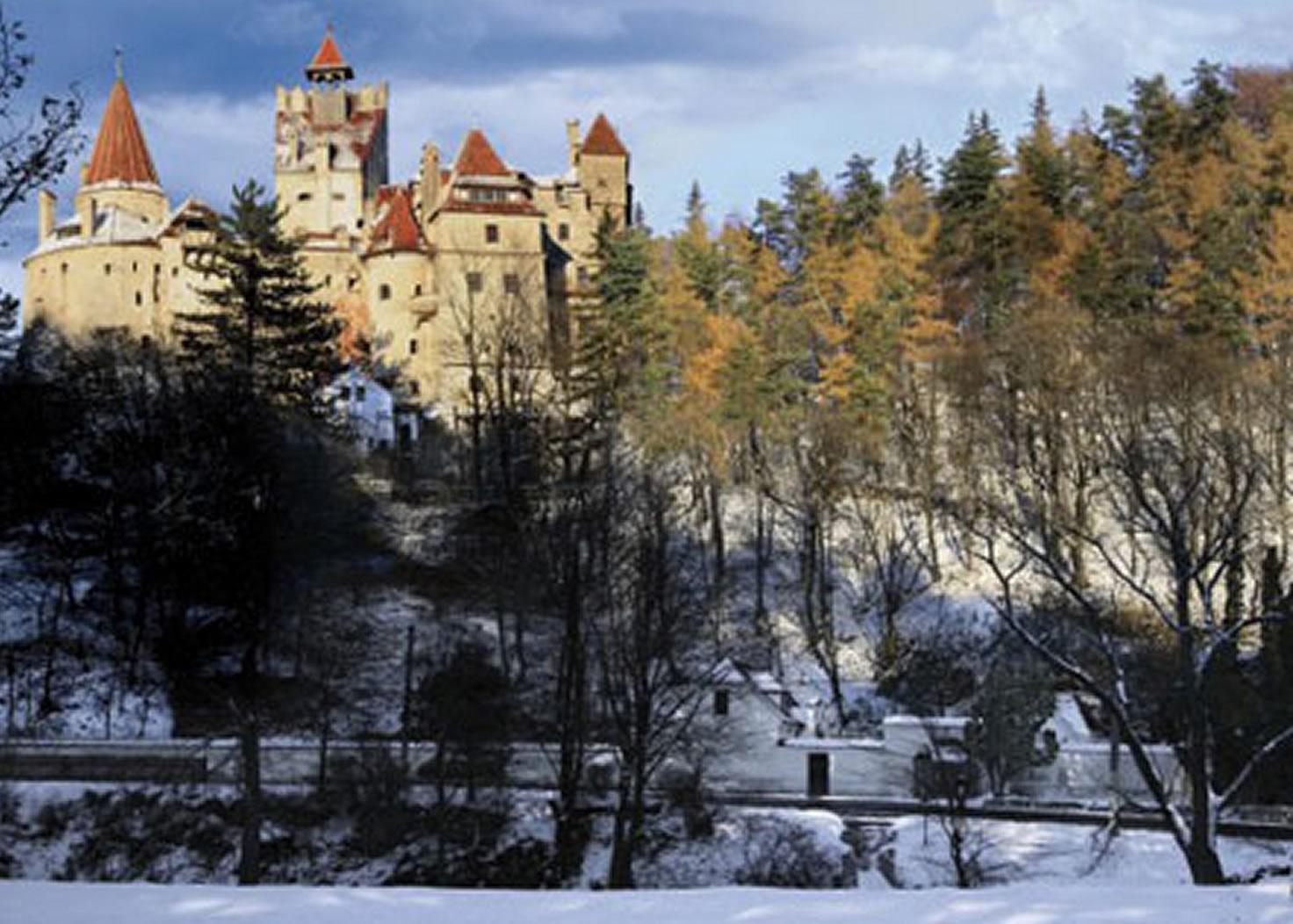 Puzzle D-Toys Paisaje del Castillo de Bran, Rumanía de 500 Pieza