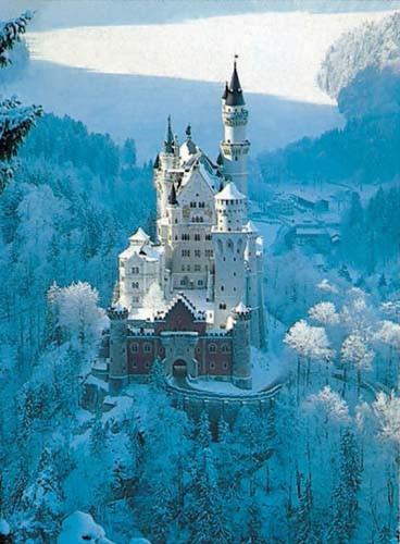 Puzzle Ravensburger Castillo del Rey Loco Invierno 1500 Piezas