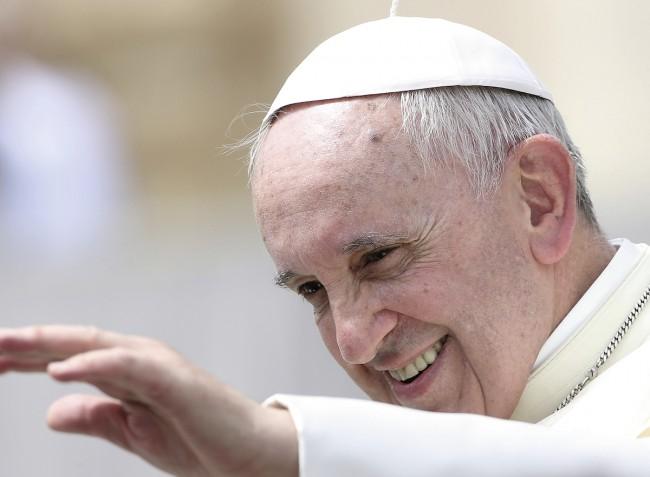 Puzzle Ravensburger Papa Francisco de 300 Piezas