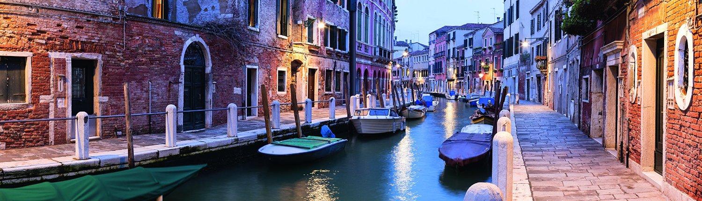 Puzzle Ravensburger Venecia de Noche de 2000 Piezas