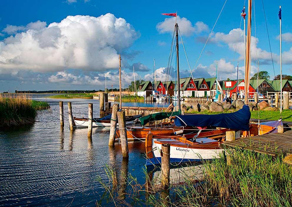 Puzzle Schmidt Puerto en el Mar Báltico de 1000 Piezas